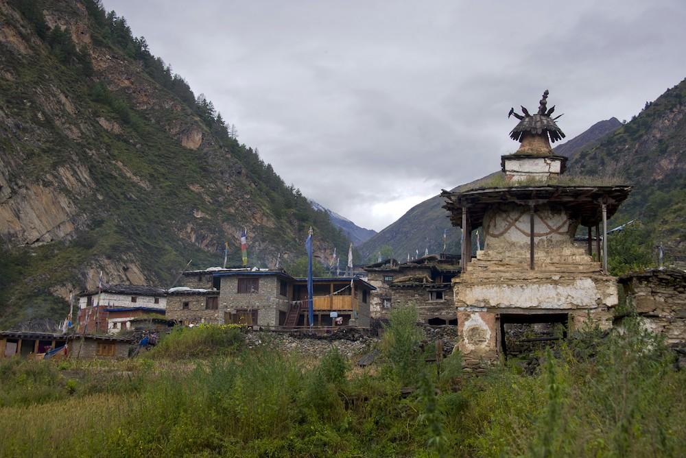 Pugmo, un village du Dolpo : Les chörtens